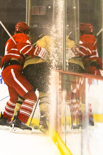 Hockey vs Sacred Heart