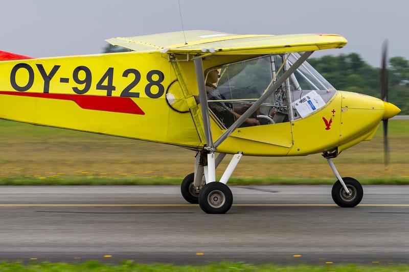 OY-9428-X-AirHawk-Private-RKE-EKRK-2013-08-18-_A7X6603-DanishAviationPhoto.jpg