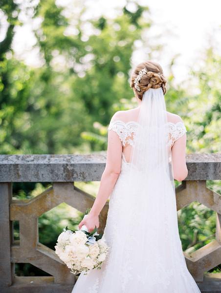 05 Bride and Groom-037.jpg