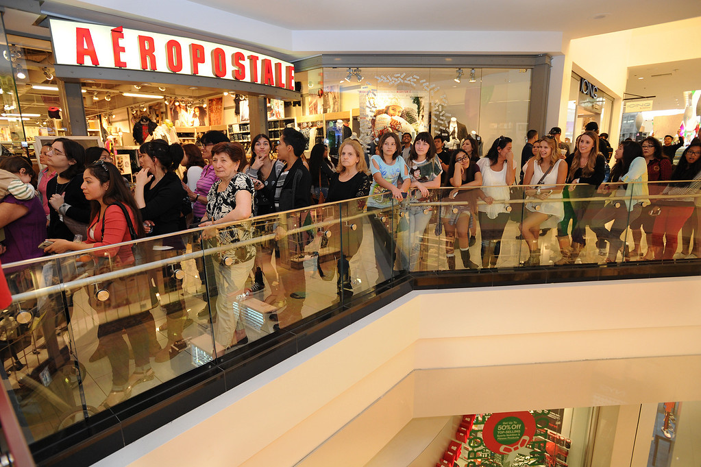. People line up to see Kendall and Kylie Jenner. The Glendale Galleria has completed a major renovation and is celebrating this weekend with a grand re-opening. Glendale, CA. 11/8/2013. photo by (John McCoy/Los Angeles Daily News)