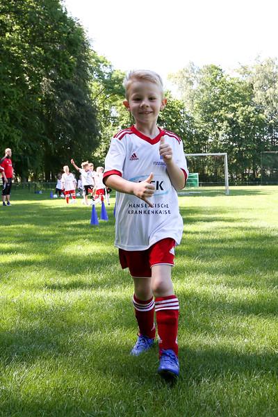 hsv_fussballschule-103_48048029962_o.jpg