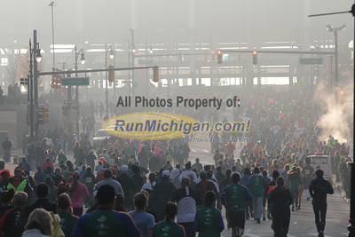 5K/10K at Fort/Washington (near Cobo) Gallery 1 - 2012 Detroit Turkey Trot