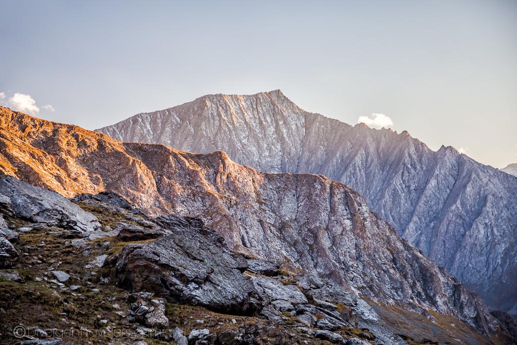 Kyrgyzstan Photos: Chon' Kyzyl Suu - Jeti Oguz Trek