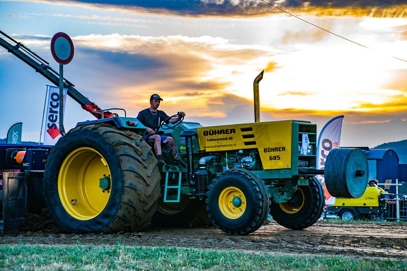 Tractor Pulling 2015-01698.jpg
