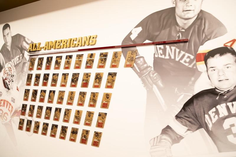 20181103-DU-Hockey-RibbonCutting-280.jpg