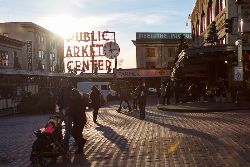 Crowd smell about in front of the pike place market in Seattle - Downtown Seattle, Seattle, Washington, United States (US)