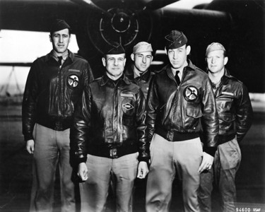 Crew #1 of the Doolittle Raiders, led by Lieutenant-Colonel James Doolittle, second from the left.  (Air Force photo)