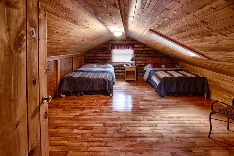 Cabin--6.jpg