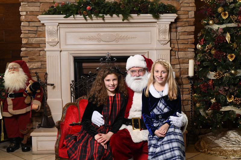 Santa2018.TylerBoye.-109.jpg