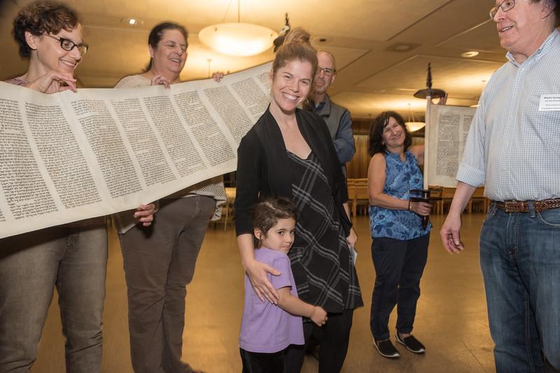 Simchat Torah4635.jpg