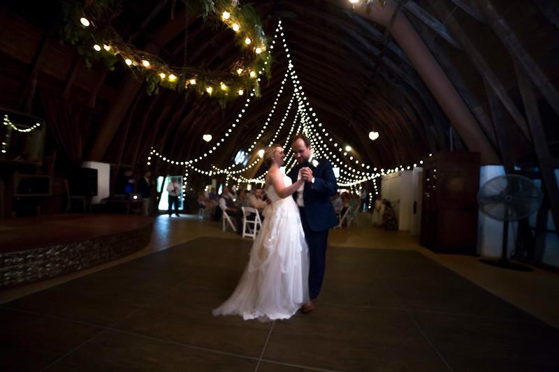 Garrett & Lisa Wedding (576).jpg