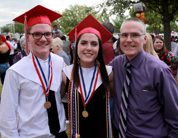 Sarah & Mason Myklebust Graduation