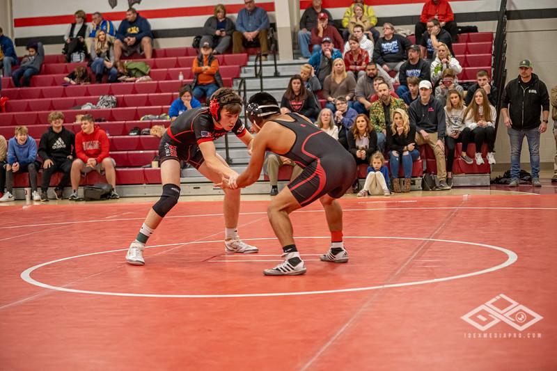 Wrestling at Granite City-09114.jpg