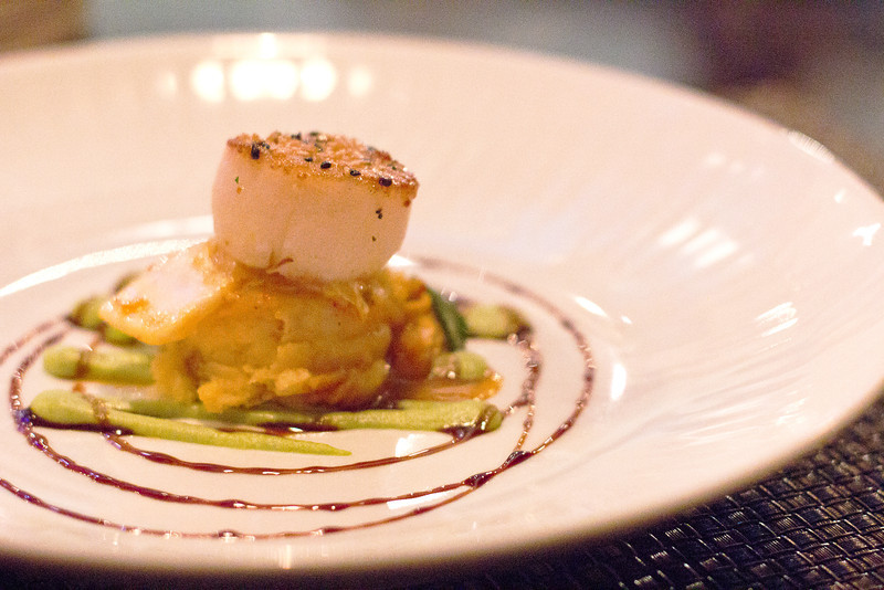 pineapple grill diver scallop.jpg