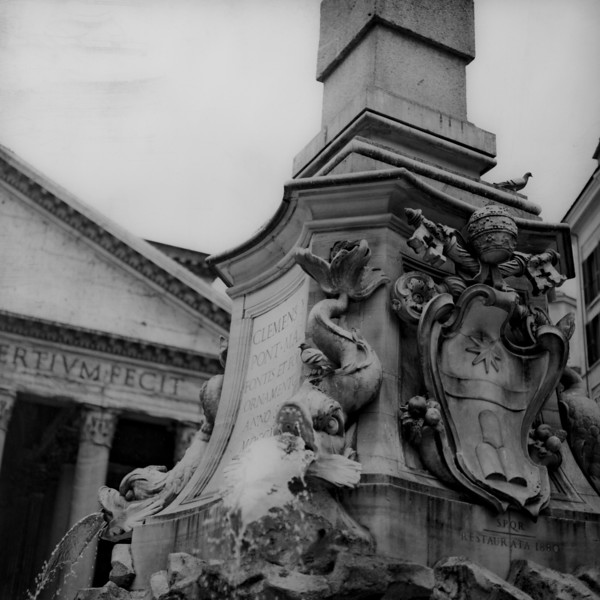 Pantheon in Rome  4:Italy beyond 70mm. Photographs taken on 80mm (Medium format film)
