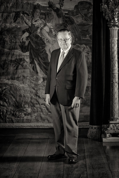 Hugh Nik F.jpg