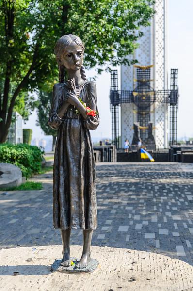 Holodomor Memorial #-18.jpg