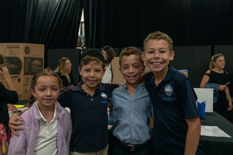 Grade 3 Generations M'Dor L'Dor Project | Scheck Hillel Community School-26.jpg