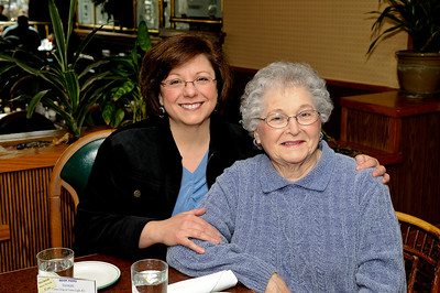 2010-2-20 Mom's Birthday - up