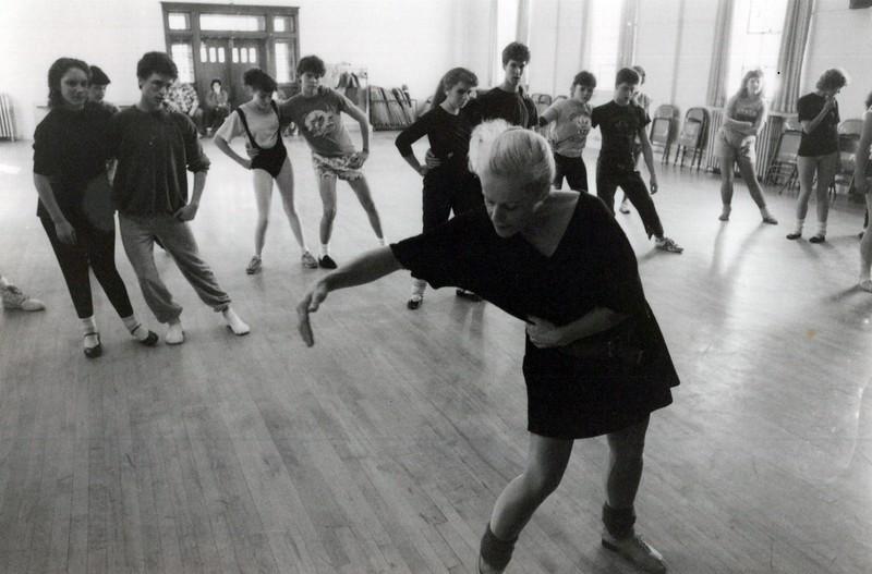 Dance_1768_a.jpg