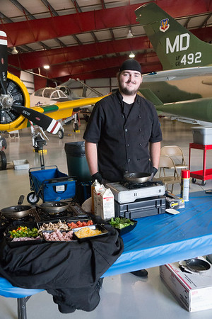 Fly Inn at the Valiant Air Command Warbird Museum with DIYM (Delicious In Your Mouth) - 5-13-2017