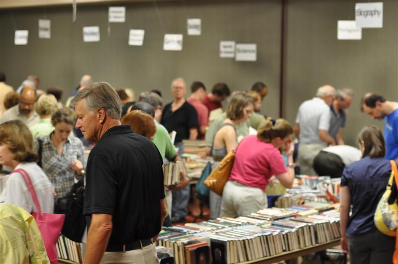 book buyers.jpg