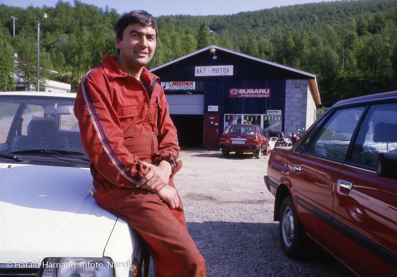 Ballangen, foto til messe. Innehaver av bilforretning.