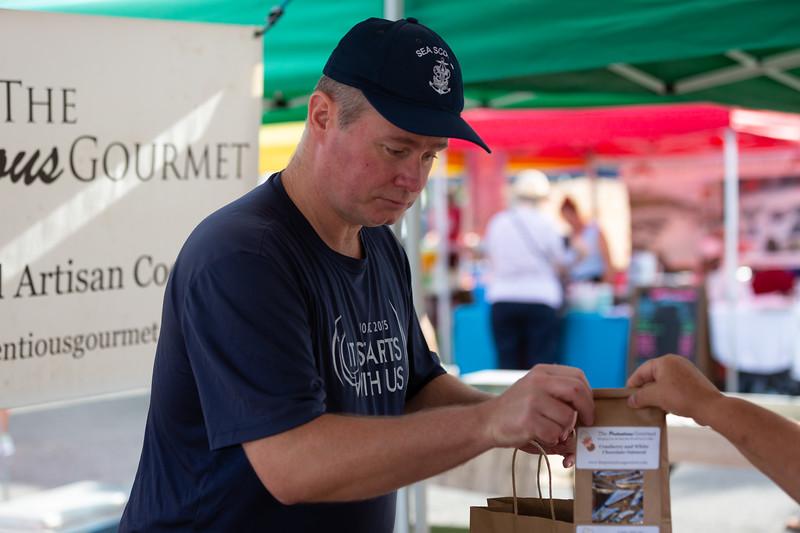 Del Ray Farmers Market 086.jpg
