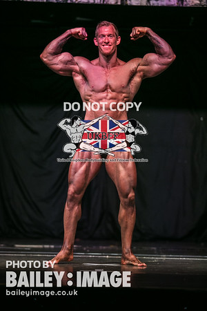 BODYBUILDING UNDER 80 KG