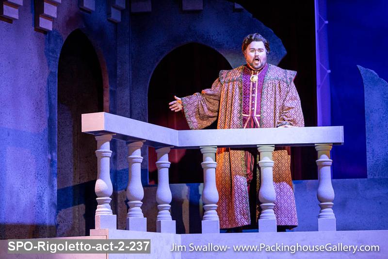 SPO-Rigoletto-act-2-237.jpg