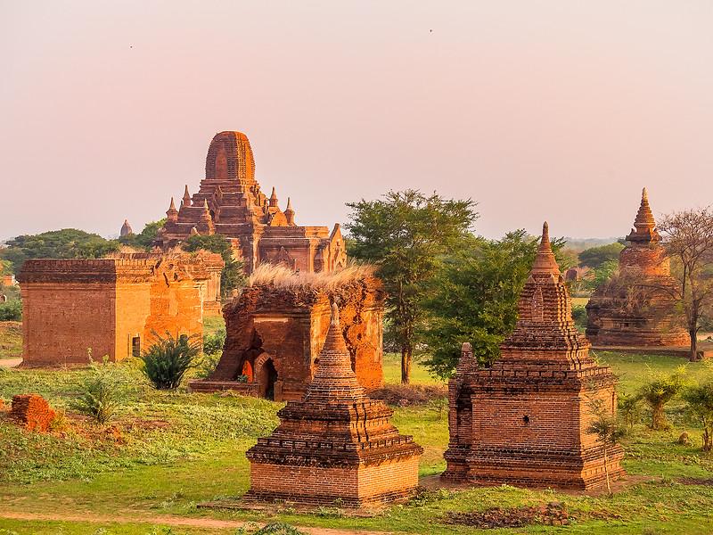 Myanmar Bagan Temples_P1160713.jpg