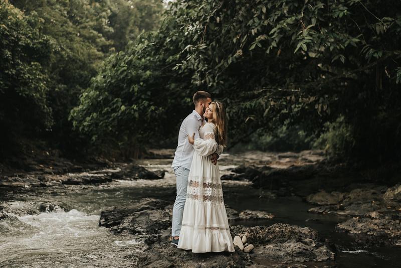 Victoria&Ivan_eleopement_Bali_20190426_190426-21.jpg