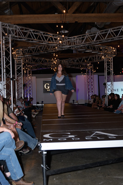 Knoxville Fashion Week Friday-805.jpg