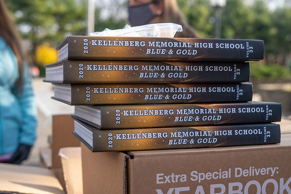 Class of 2020 Yearbook Distribution - November 25, 2020