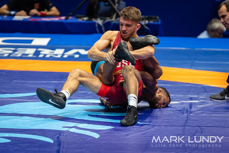 Champ. Round 1: Alejandro Enrique Valdes Tobier (Cuba) over Zain Allen Retherford (United States)  •  Dec 10-9 - 2019 World Championships