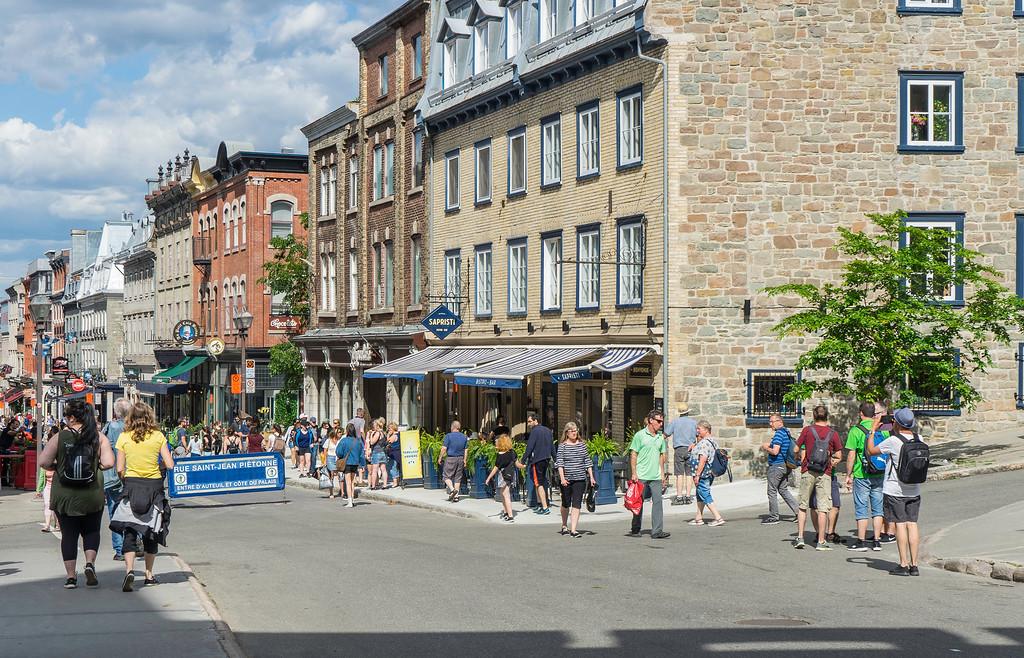 Evening Gourmet Tour: View of rue Saint-Jean from Saint-Jean Gate