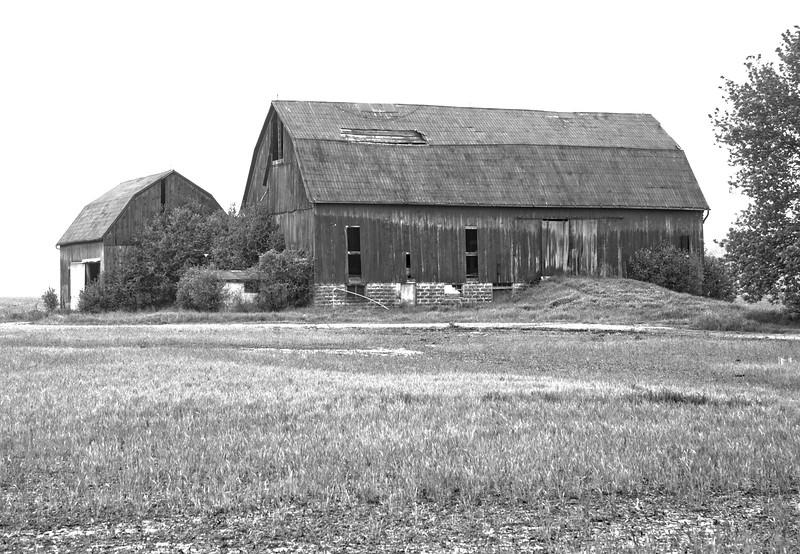 Foggy Barn, Hwy 3 Ontario