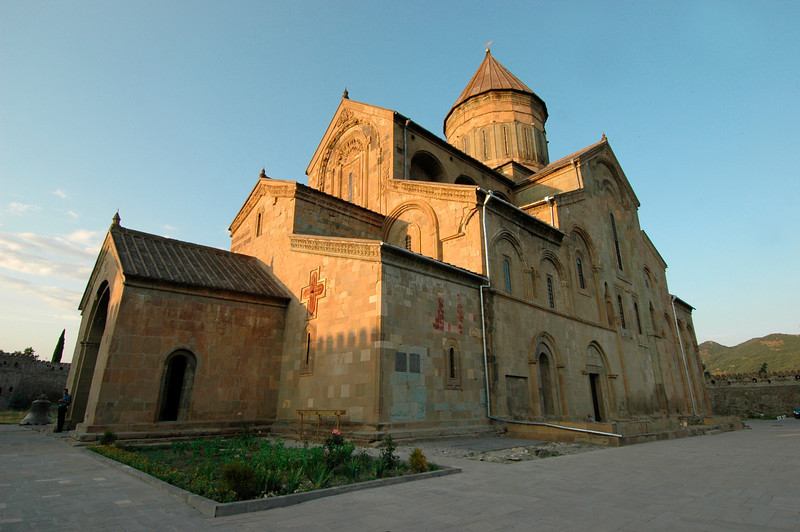 050729 8155 Georgia - Tbilisi - Historic Tour of Old Capital _E _I _L _N ~E ~L.JPG