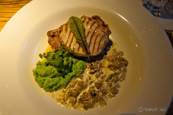 grilled-pork-chop-latvia-riga-2137.jpg