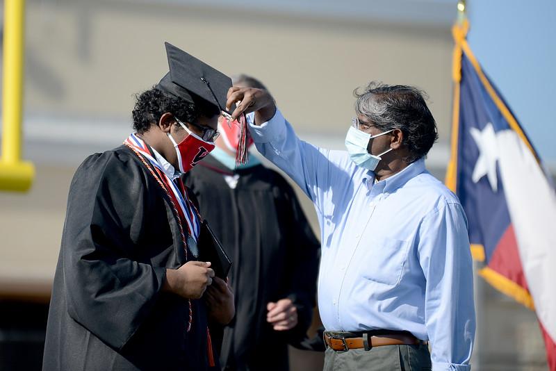VRHS-Graduation_008.jpg