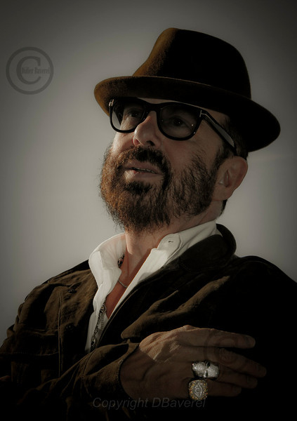 *legende* MIP TV Photocall de Dave Stewart co-createur de Treasure Tag