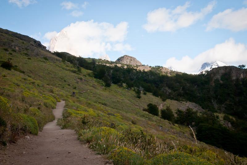 El Chalten 201112 Laguna Sucia y Laguna de Los Tres Hike  (3).jpg