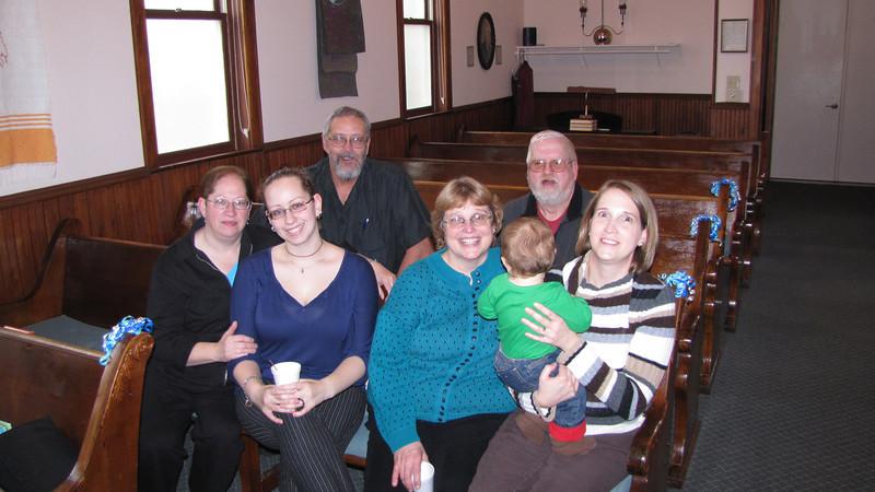 Tammy, Ahri and Darrel Clark, Rose and Jeff Morse and daugher Sarah Kline with Elijah