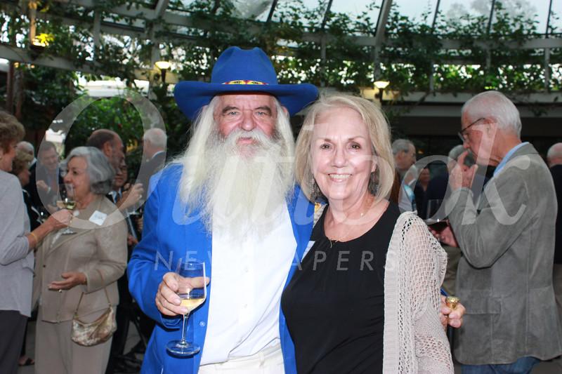8025 Jann of Sweden and Connie Moran-Romero.jpg