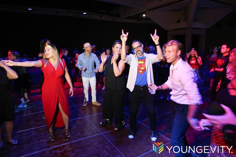 09-21-2019 Glow Party ZG0112.jpg