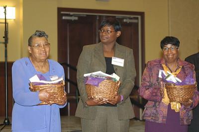 2010 Women's Retreat   Presentation of Awards