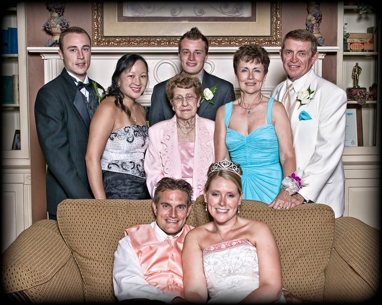 221 Mo Reception - Family Group Portrait (Ryan) 1(redone)(8x10 crop)(lucas sculpt 21).jpg