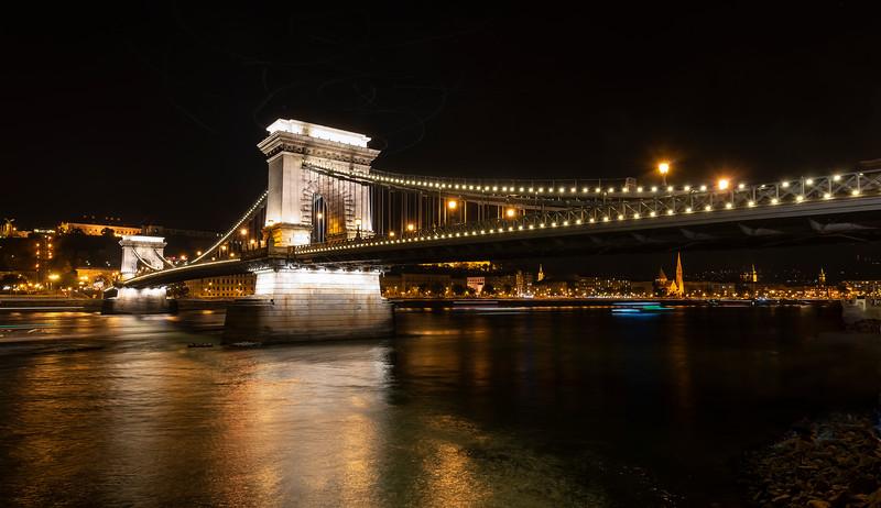Chain Bridge Night.jpg