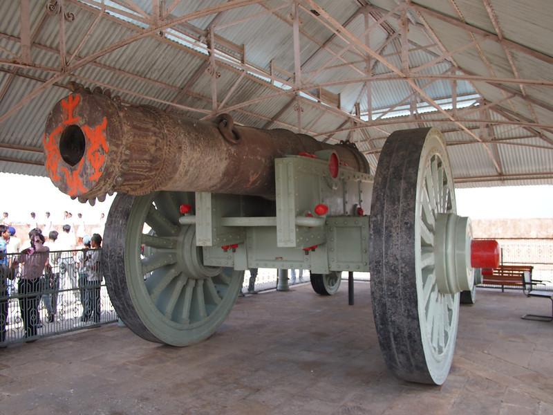 PA083277-jaivana-cannon.JPG