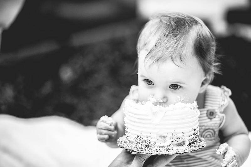 shay cake smash-37.jpg